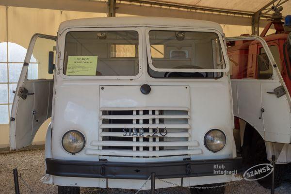 muzeum-mostki-826537B6DC35-FF18-B107-448C-E013670E511E.jpg